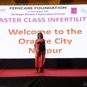 Dr Laxmi Shrikhande on the stage of Masterclass Infertility III on 10th Dec 2017