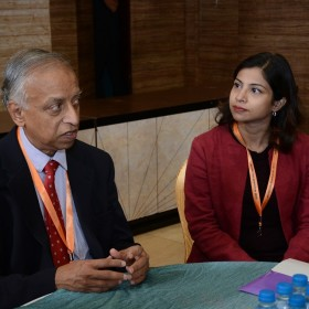 Dr Sabaratnam Arulkumaran with Student at Masterclass infertility III 10th Dec 2017